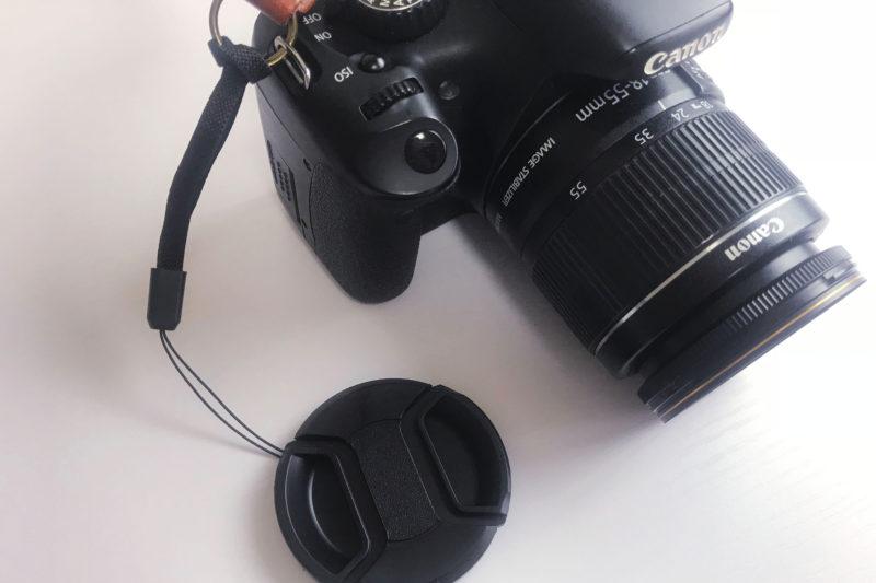 旅行の便利グッズの一眼レンズの紛失落下防止キャップ
