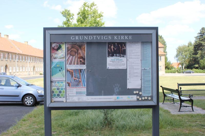 デンマークの教会グルントヴィークスのコンサートのポスター