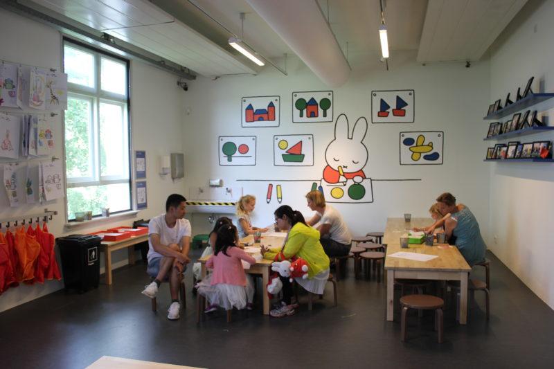 オランダユトレヒトのミッフィーミュージアムのお絵かきコーナー