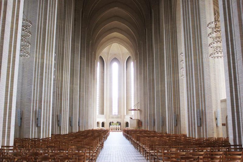 デンマークの教会グルントヴィークスの中