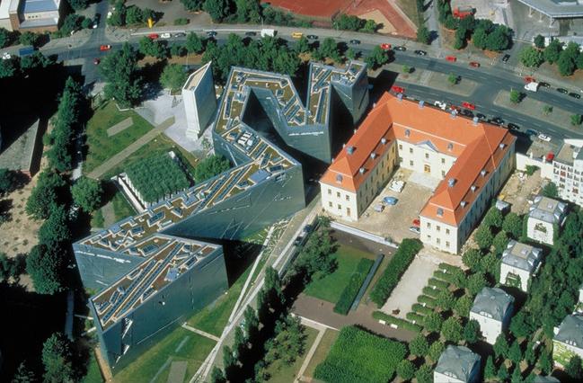 2_ドイツベルリンユダヤ博物館の空撮