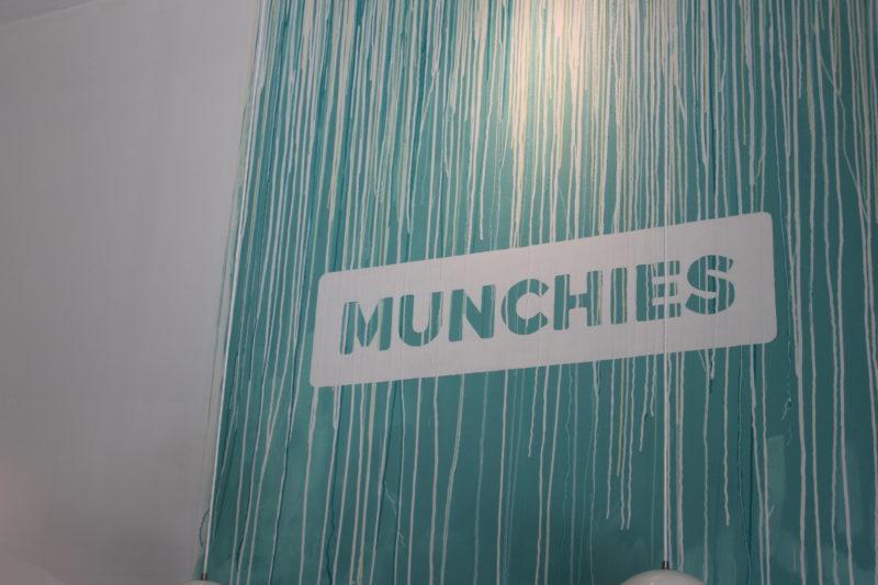 デンマークのアイス屋さんMUNCHIESの壁