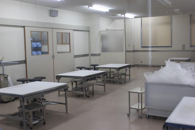 佐藤養助総本店の稲庭うどん工場の練り作業場