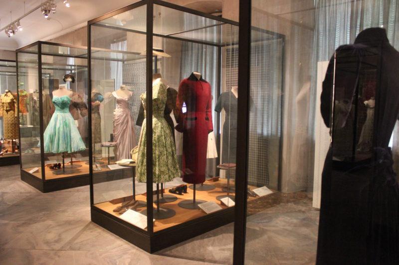 デザインミュージアムデンマークの王族ファッション