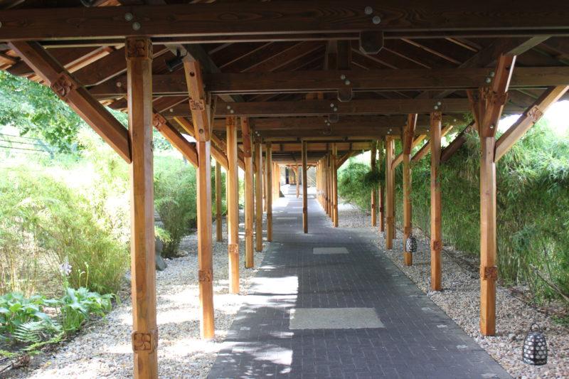 vabaliスパの渡り廊下