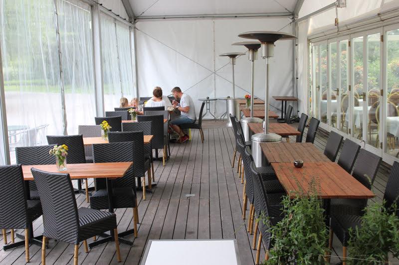 スウェーデンローゼンダールガーデンのカフェ