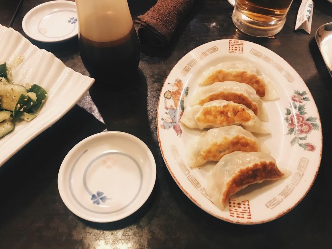 中華料理稲香村の餃子