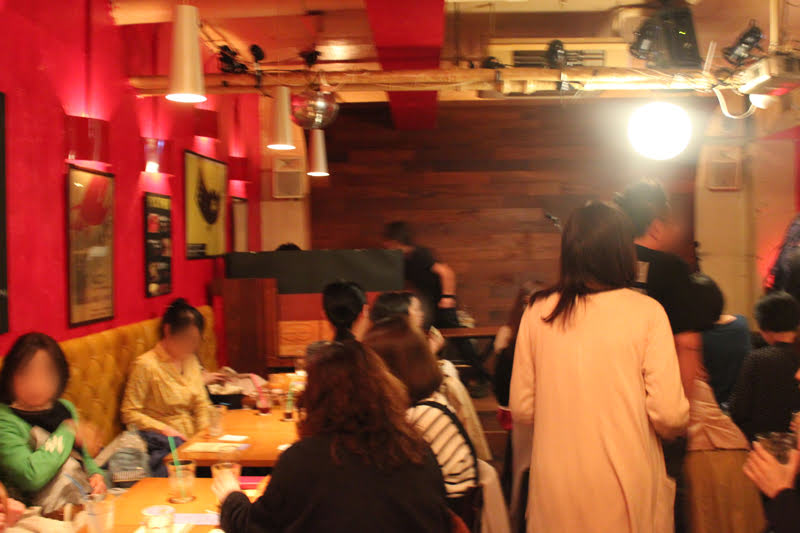 下北沢のバーCCOの木村世治のライブ