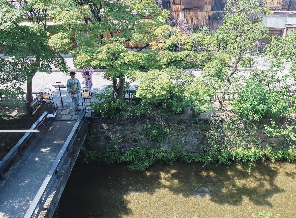 パスザバトン京都祇園店の2階からの白川