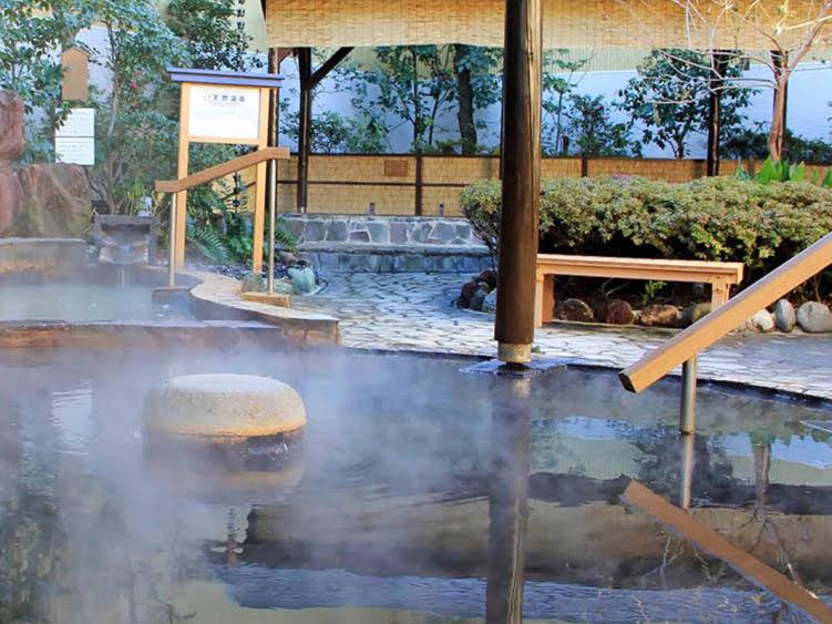 さやの湯処の露天風呂