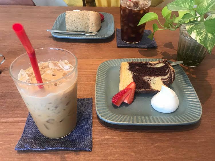 キヌヤカフェのシフォンケーキ