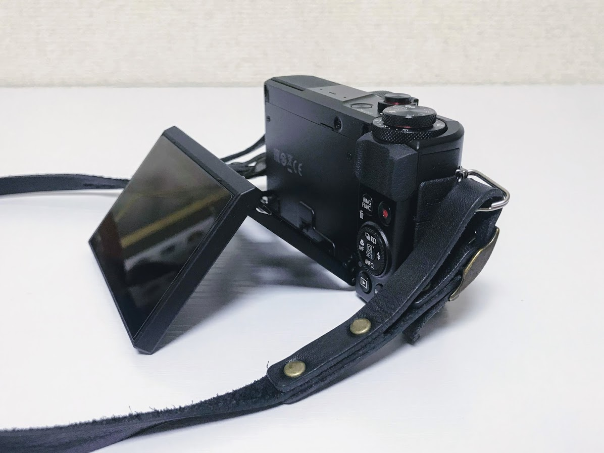 キャノンG7xの自撮りディスプレイ