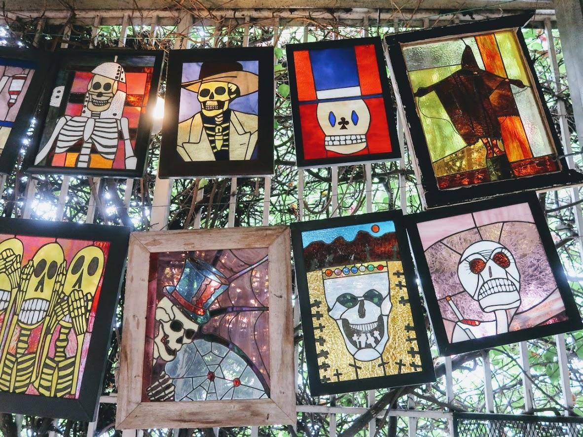 死の博物館の入り口