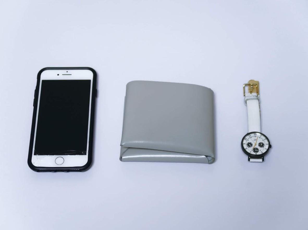 スマホと財布と時計